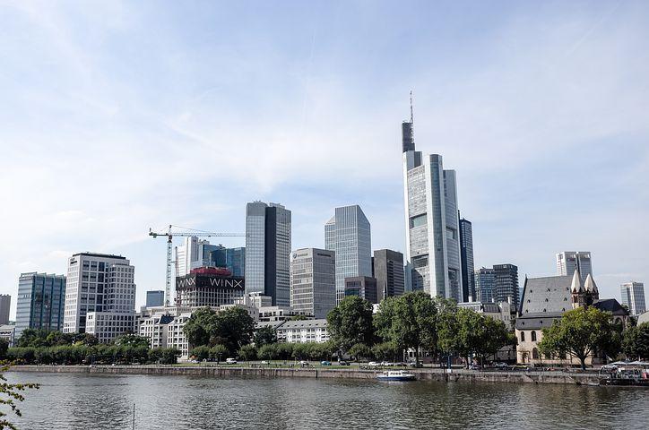frankfurt-skyscraper-3136593__480.jpg