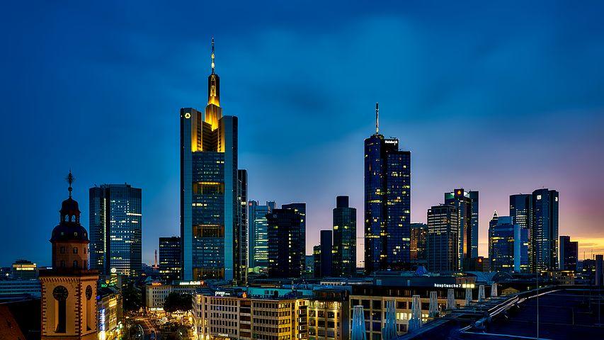 frankfurt-1804481__480.jpg